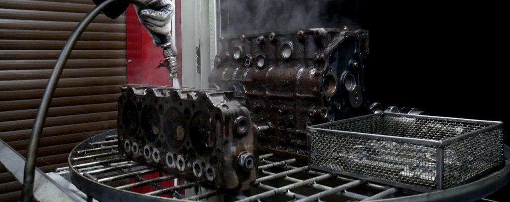 Щелочная мойка двигателя в Новосибирске